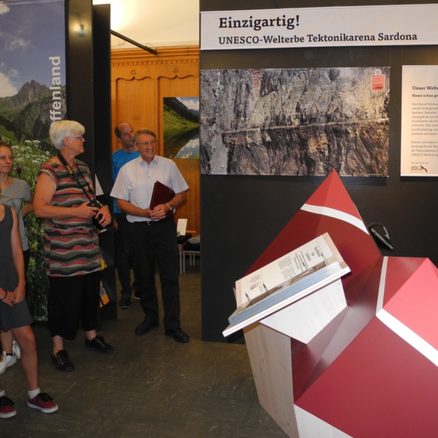 Ausstellung NZGL_DSCN5529_Ausschnitt