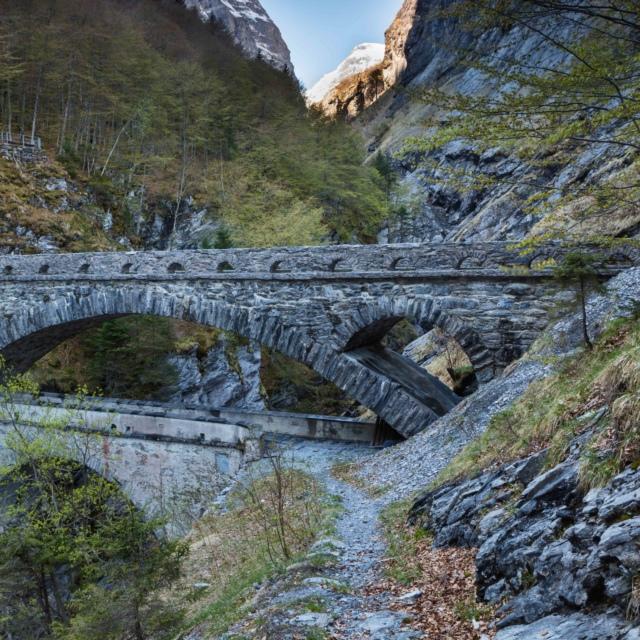 Pantenbrücke-1LND_Linthschlucht_Roland_Gerth